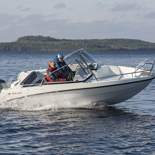 Bow rider AMT 165 BR 1
